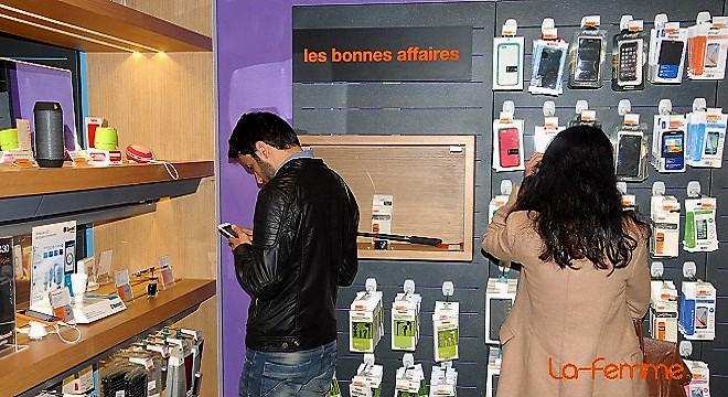 - Orange-inaugure-1er-Smart-Store-région-MENA-fait-évoluer-offres-et-services-des-besoins-des-clients-0Ff