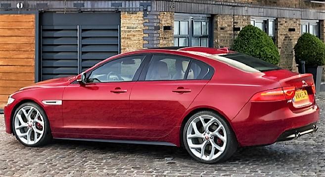- Sous-le-signe-du-dynamisme-et-du-raffinement-la-Jaguar-XE-&-la-Jaguar-XF-dévoilées-en-grande-pompe-à-Tunis-par-Alpha-IT-2