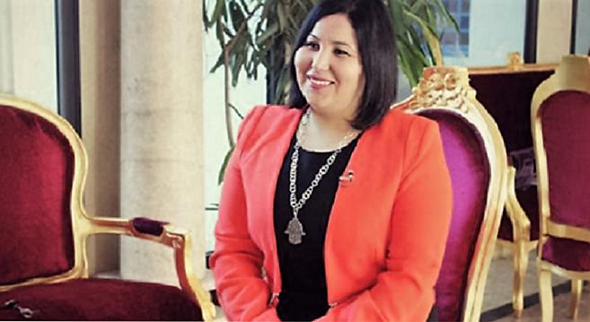 - Bahreïn-Hayet-Omri-députée-à-l'ARP-élue-meilleure-ingénieure-arabe-de-l'année-2016
