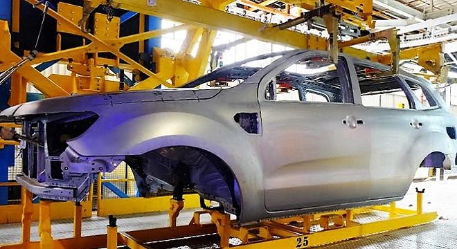 - La-nouvelle-Ford-Everest-SUV-désormais-fabriquée-en-Afrique-du-Sud-
