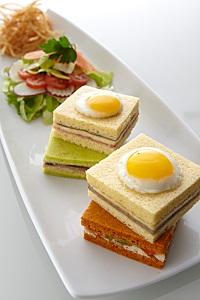 Assortiment de mini clubs sandwichs-200