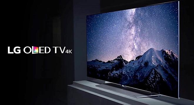 - LG-projette-de-dévoiler-la-magnificence-des-célèbres-aurores-boréales-via-ses-téléviseurs-LG OLED-TV-4K-003