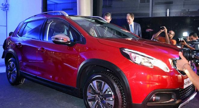 - STAFIM-dévoile-la-Nouvelle-PEUGEOT-2008-le-SUV-compact-de-la-marque
