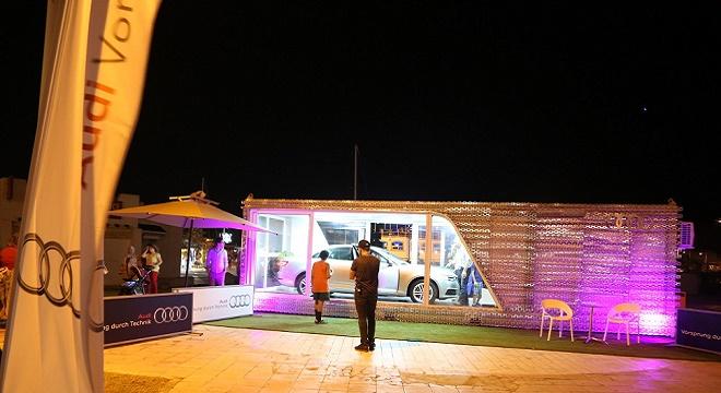 - Audi-On-Tour-2016-pour-la-1ère-fois-en-Afrique-un-Terminal-mobile-expose-l'Audi-A4-à-la-Marina-de-Yasmine-Hammamet