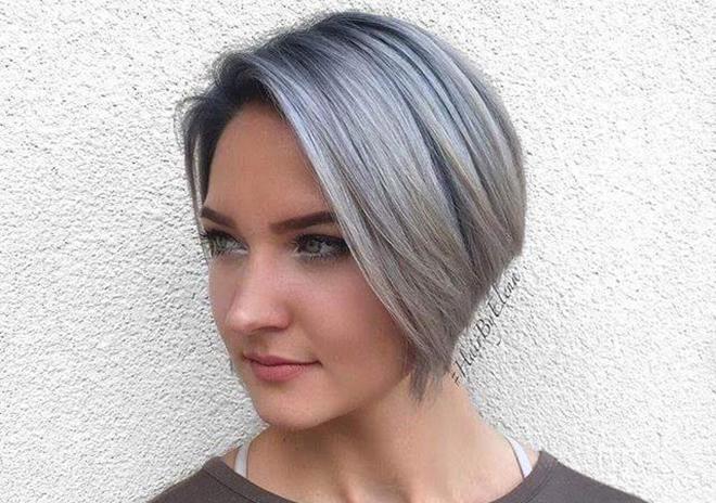 Jeune Femme Au Cheveux Blanc Cheveux Naturels 2019